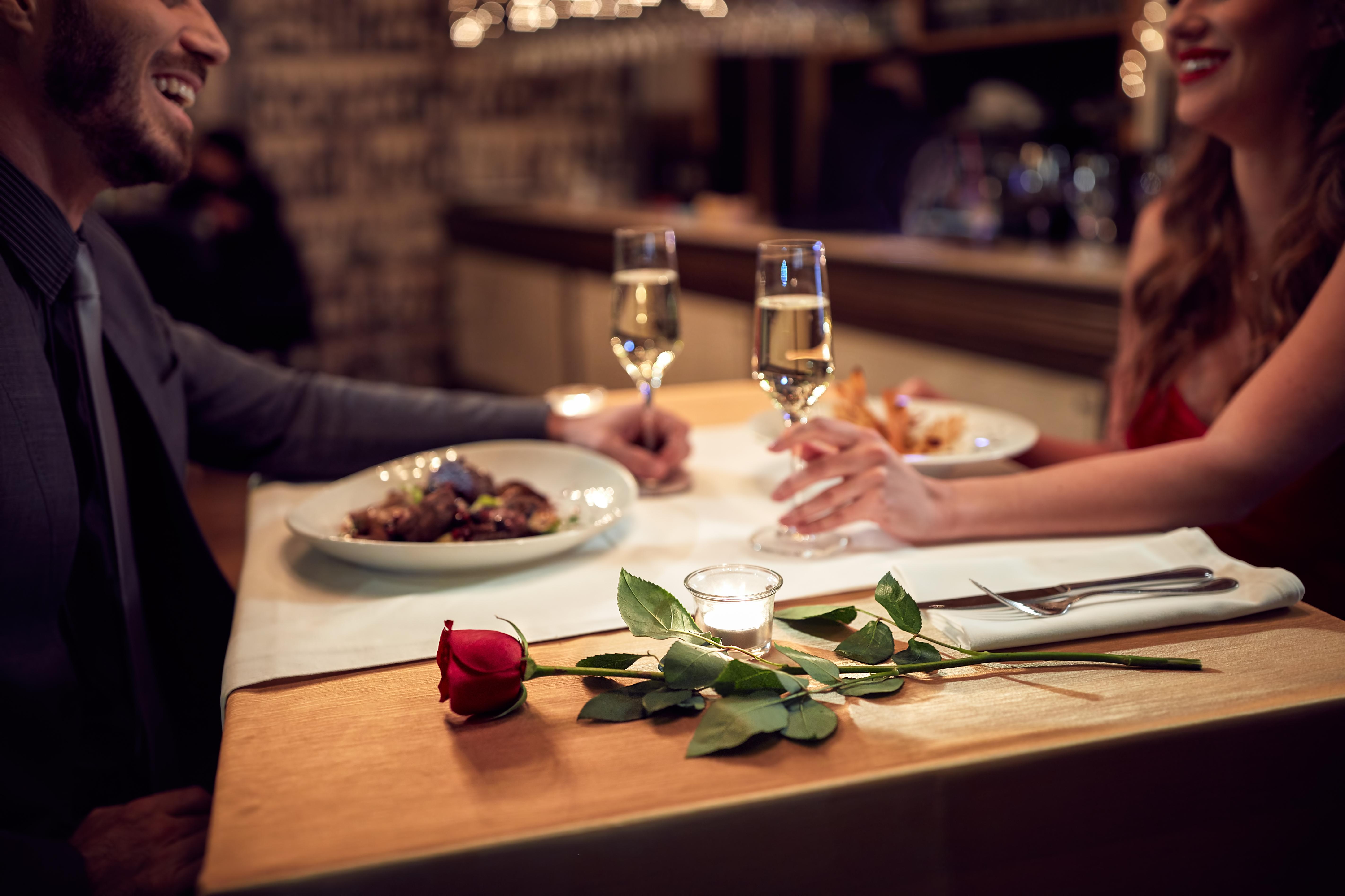 ארוחה רומנטית, במיקום לא שגרתי